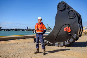 Queensland companies rock bucket build